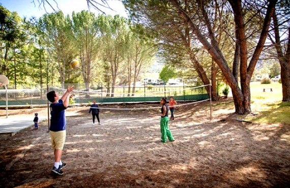 Camping Rancho Oso - volleyball