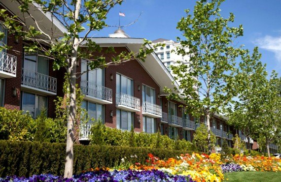Little America Hotel - Jardin