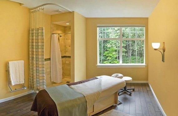 93-essex-resort-and-spa.jpg