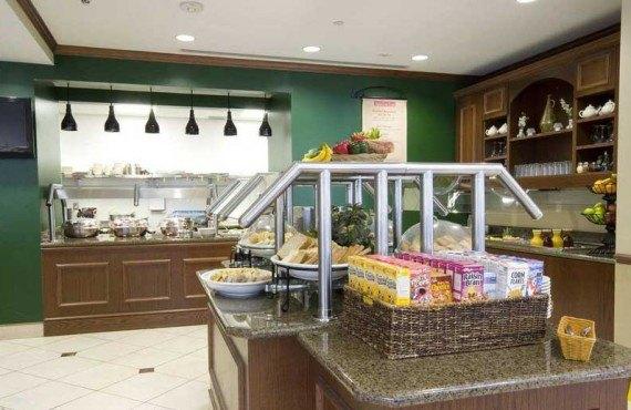 Hilton Garden Inn Miami Airport-Dejeuner