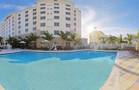 Hilton Garden Inn Miami Airport-Piscine