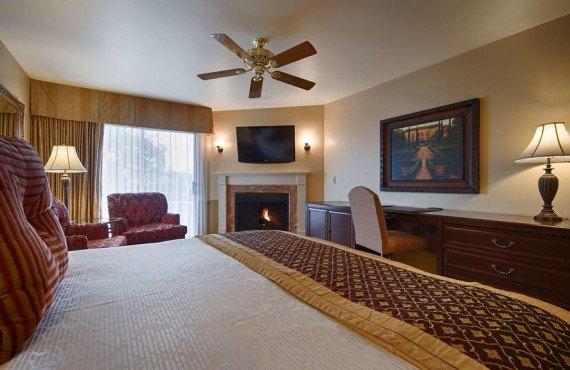 bw-victorian-inn-chambre-1-lit.jpg