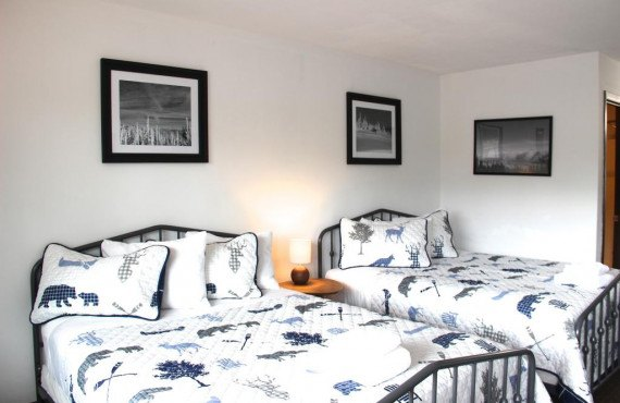 chambre-2-lits-queen.jpg