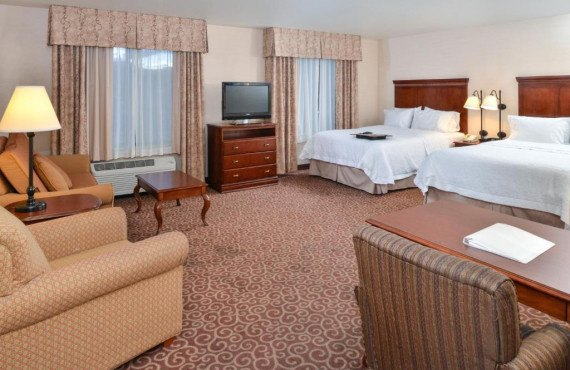 hampton-inn-suites-kingman-chb-2.jpg