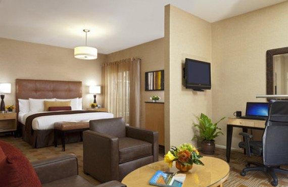 hotel-elan-suite-1.jpg