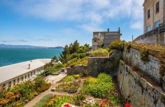 Vue sur les jardins d'Alcatraz