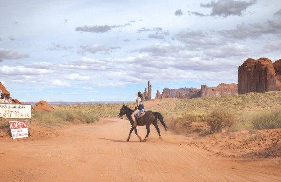 Équitation à Monument Valley