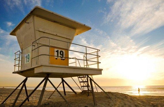 Cabane des sauveteurs sur la plage de Pacific Beach