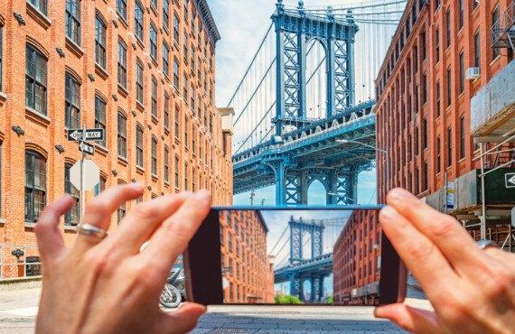 Vue sur le pont de Brooklyn depuis Washington Street