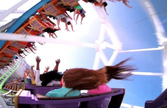 Sortie en famille au Six Flags Magic Mountain de Los Angeles
