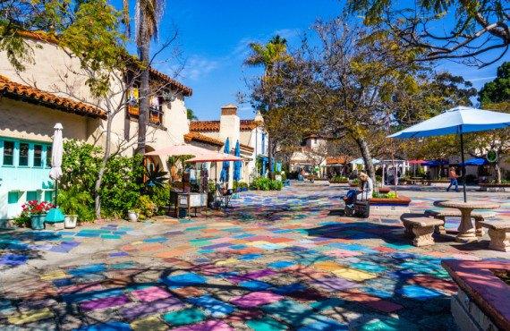 Spanish Village Center dans le parc Balboa