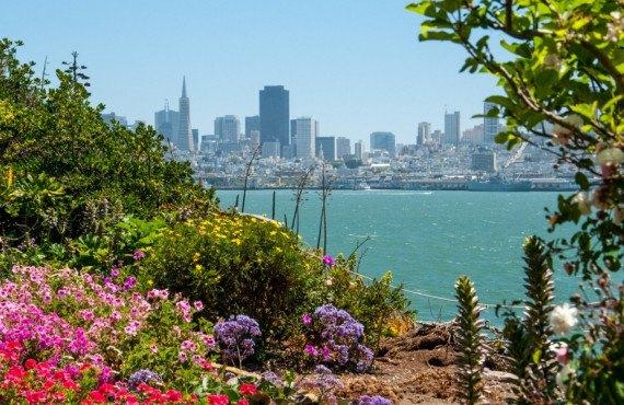 Île d'Alcatraz et vue sur San Francisco