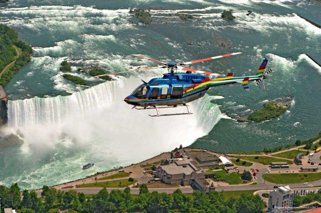 Survol des Chutes en hélicoptère - Niagara Falls, ON