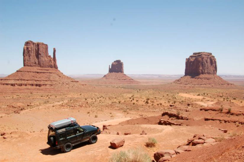 1-4x4-monument-valley.jpg