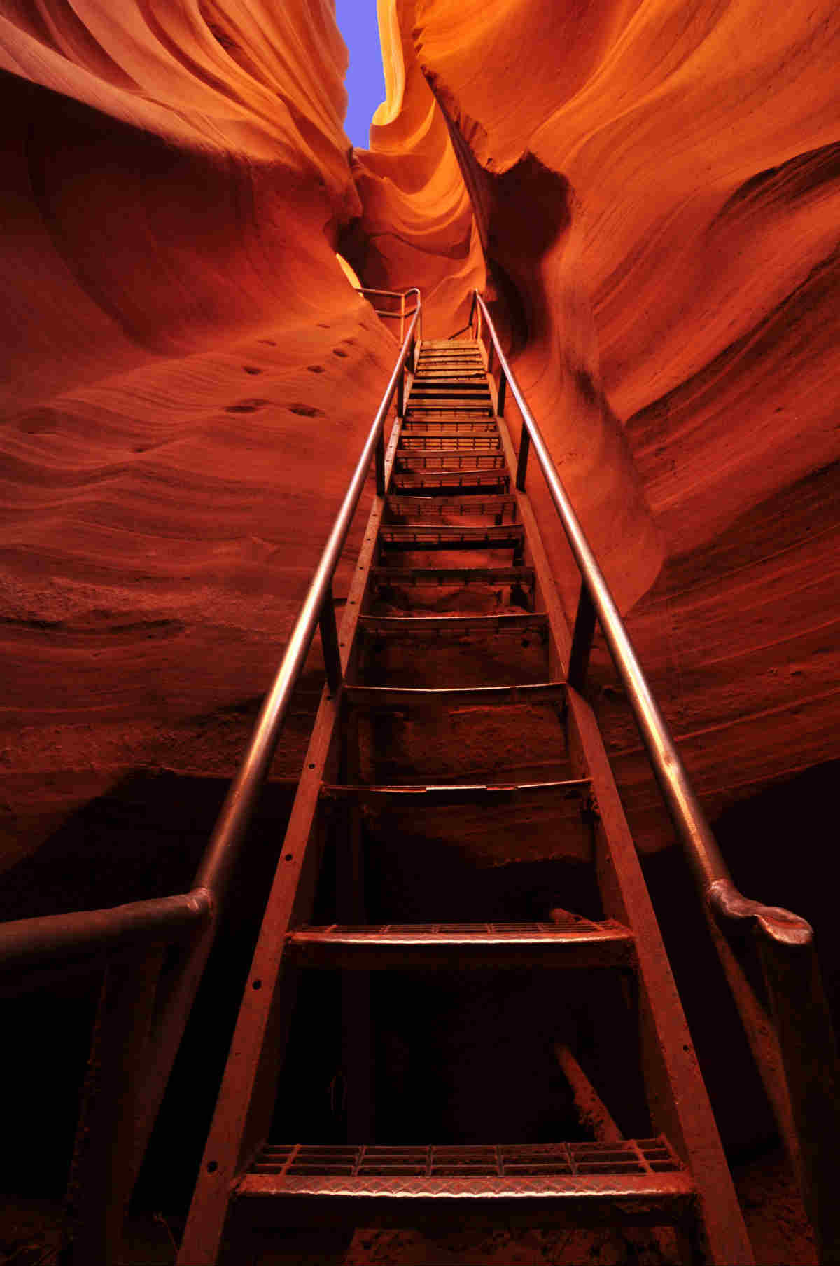 4-antelope-canyon.jpg