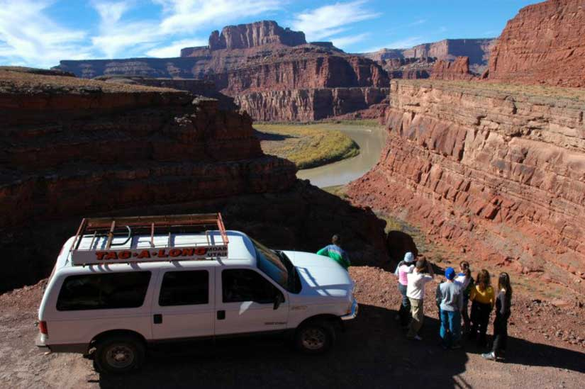 1-tour-4x4-rafting-canyonlands-shafer-trail.jpg