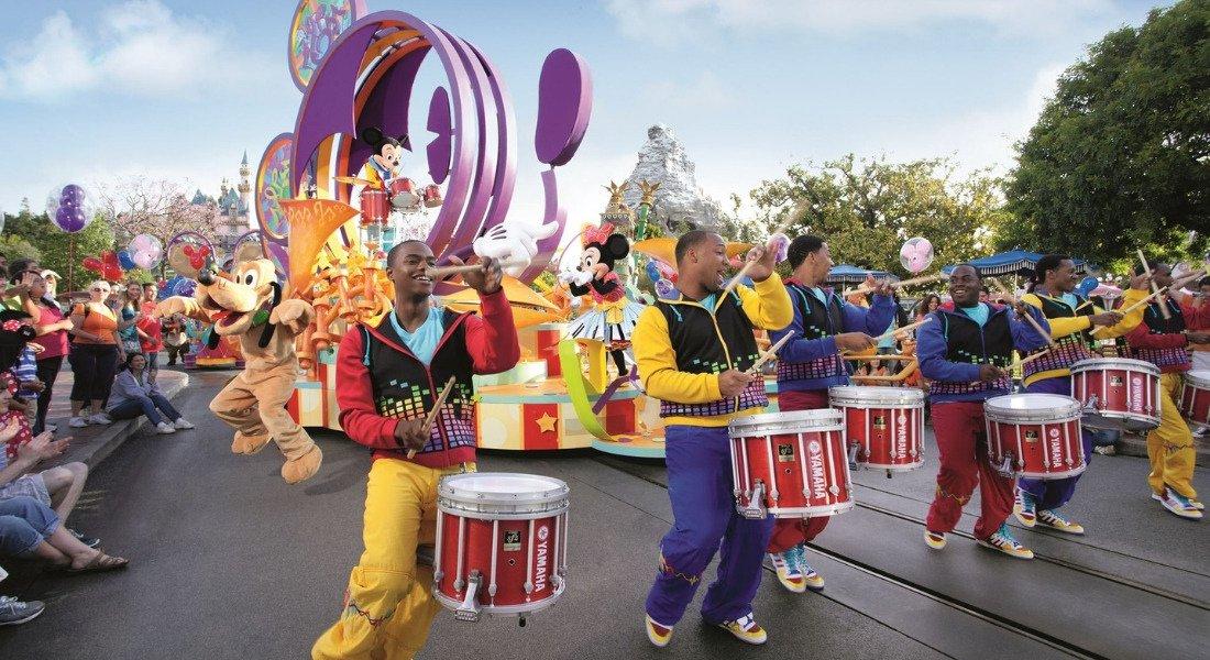 Parade familiale à Disneyland