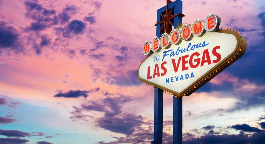 signe welcome to las vegas