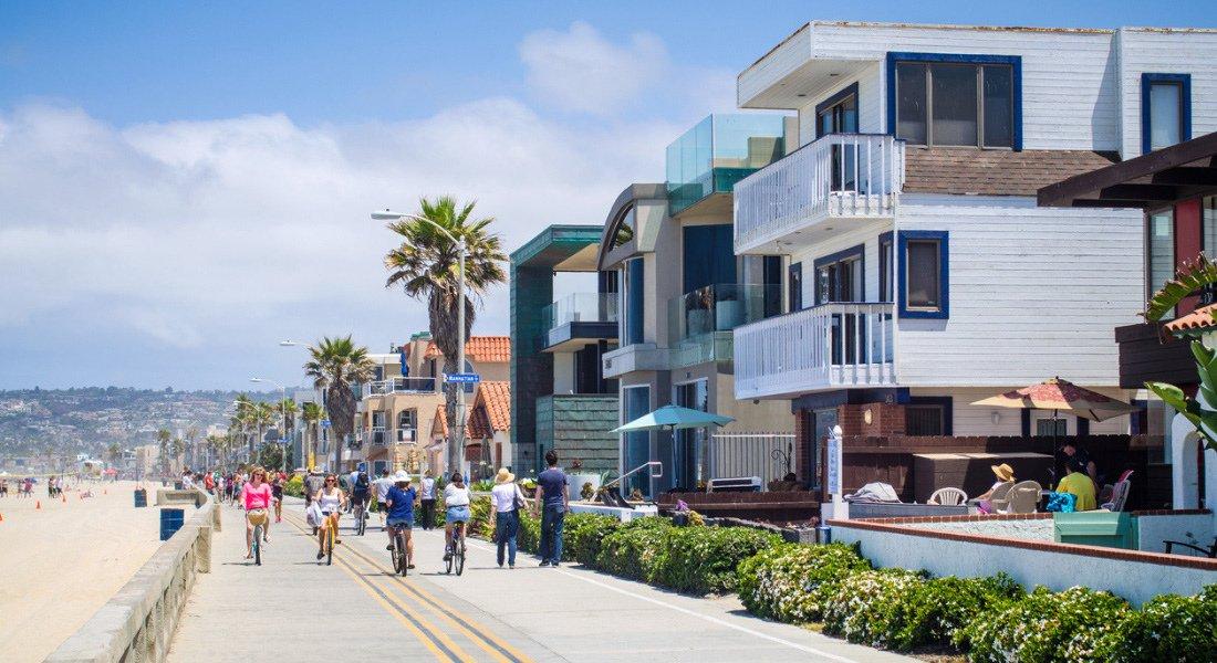 Boardwalk de Mission Beach à San Deigo