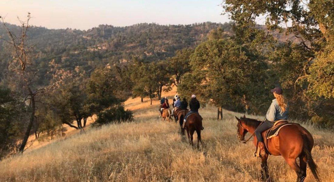 Équitation en Californie dans un ranch