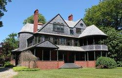 Isaac Bell House