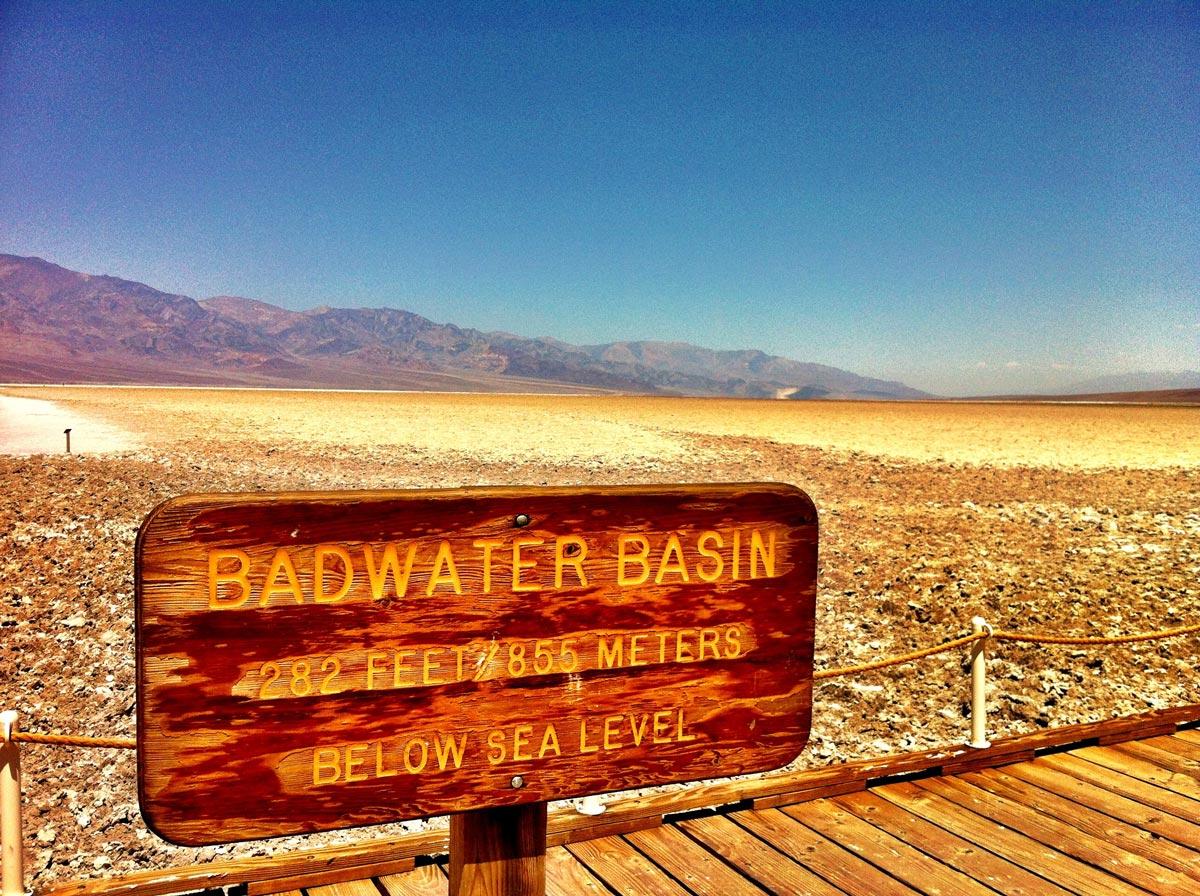 Badwater Bassin, 855 mètres sous le niveau de la mer