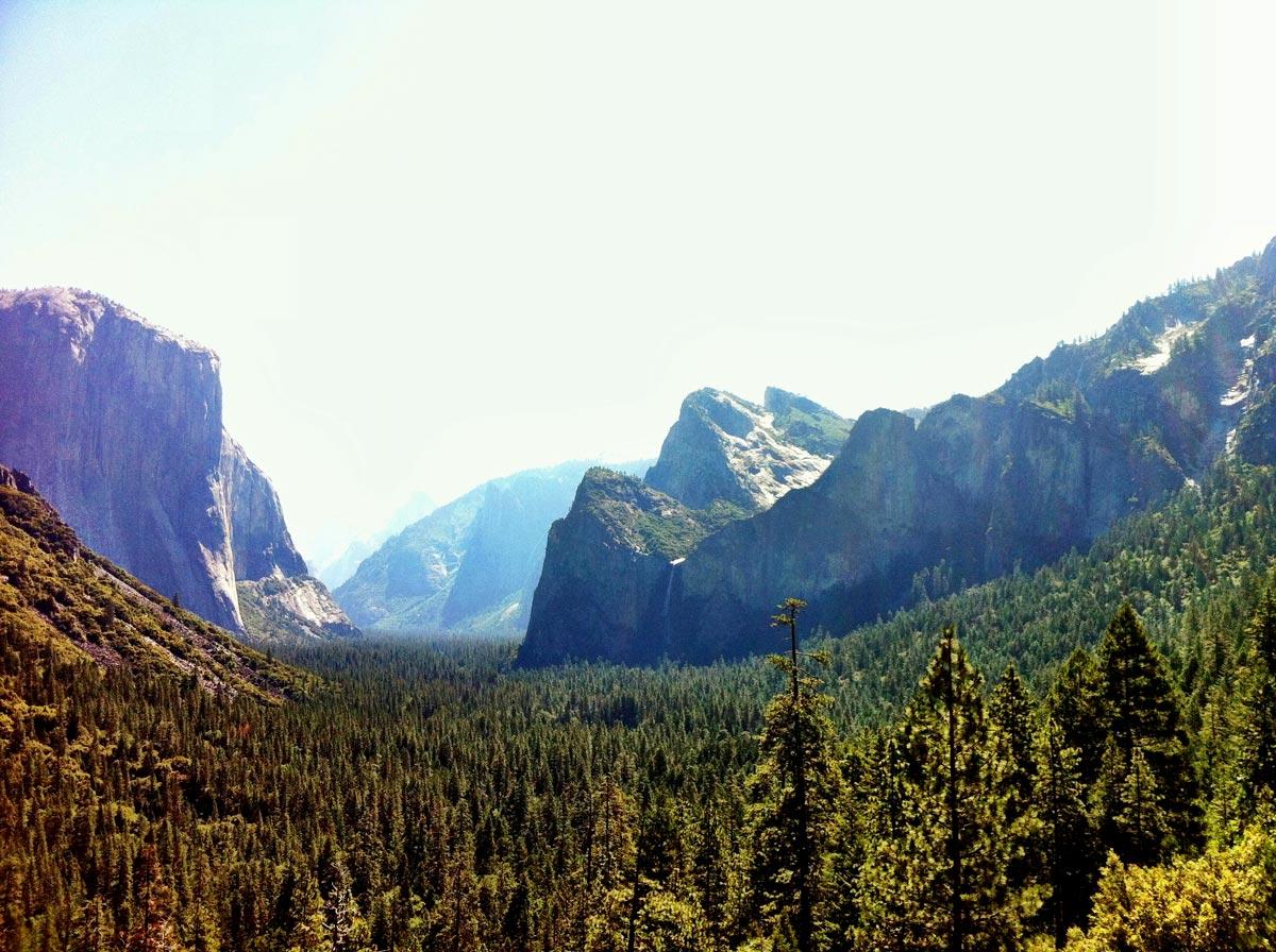 Vue de la vallée Yosemite à partir de Tunnel View