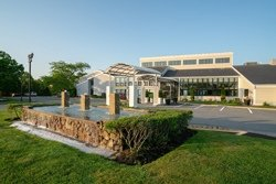 Holiday Inn Hyannis - Hyannis, MA