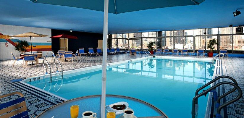Skyline Hotel - Piscine