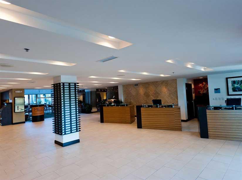 Crowne-Plaza-Westshore-Tampa-Reception