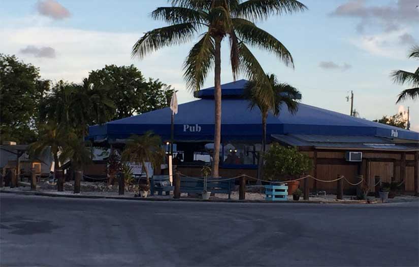 Camping-KOA-Key-West-Pub