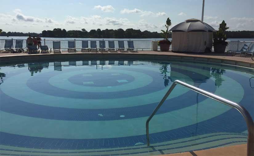 Disneys_Contemporary_Resort-Piscine