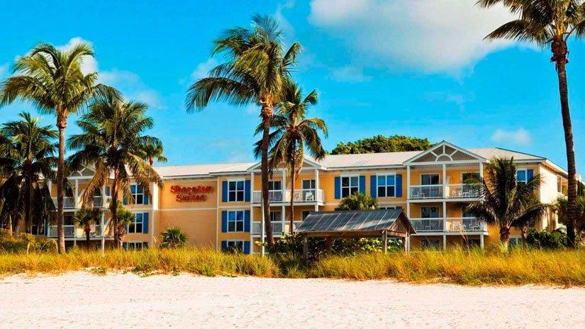 1-Sheraton-Suites-Key-West-Arriere