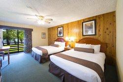 Chambre 2 lits au Bayshore Inn & Spa