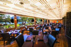 Restaurant au Bayshore Inn & Spa, Canada