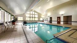 Best Western Grant Creek Inn - Piscine intérieure