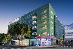 Hampton Inn & Suites Santa Monica, CA