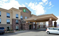 Holiday Inn Express - Page