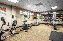 Quality Inn & Suites Seattle - Gym