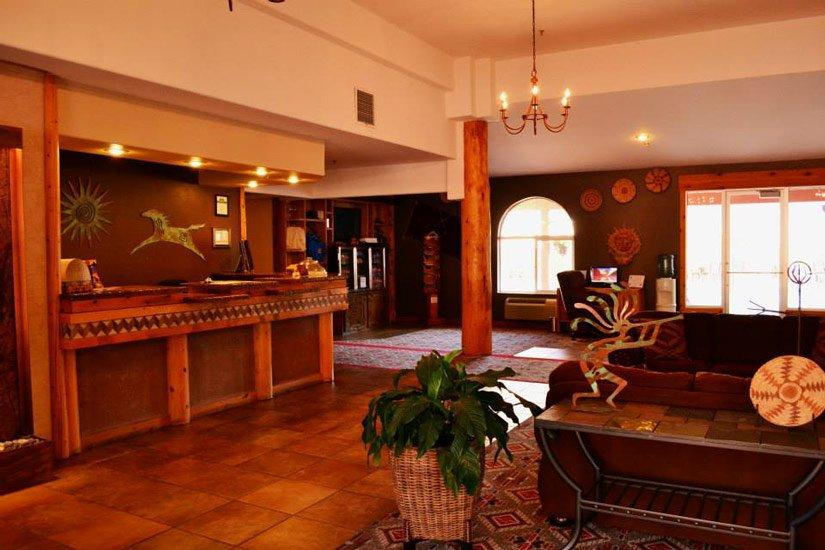 Aarchway Inn - Lobby