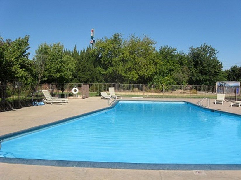 Ashlan Inn Fresno - Piscine