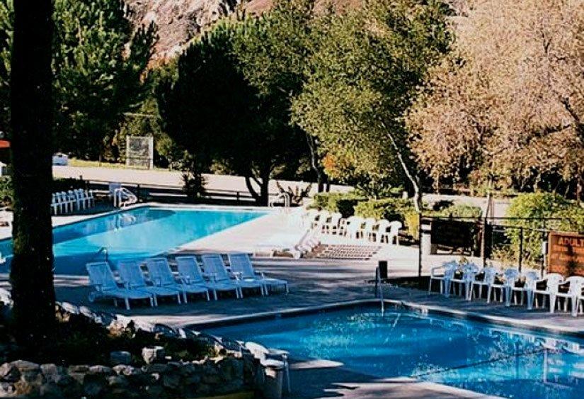 Camping Rancho Oso - Piscine sur le site