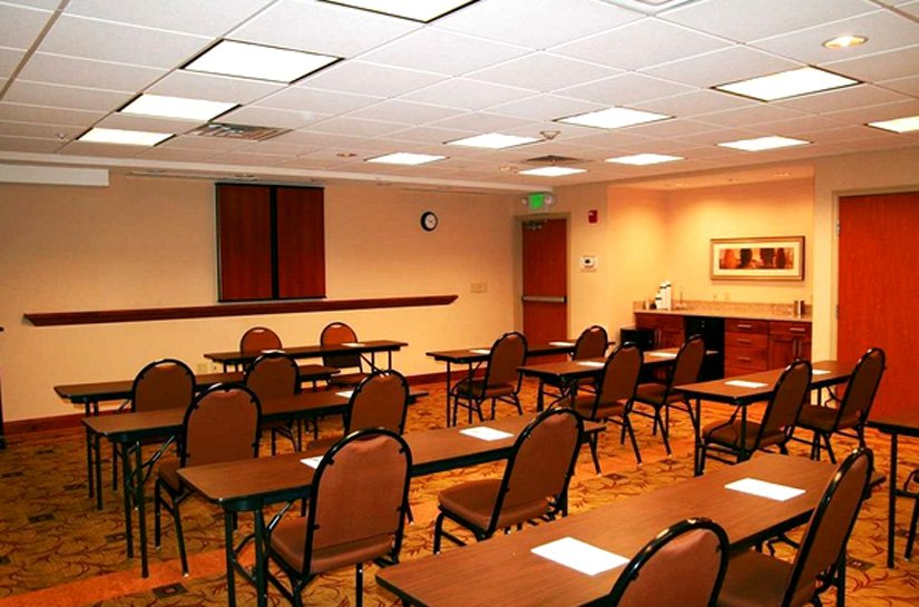 Hampton Inn Rock Springs - Salle de réunion