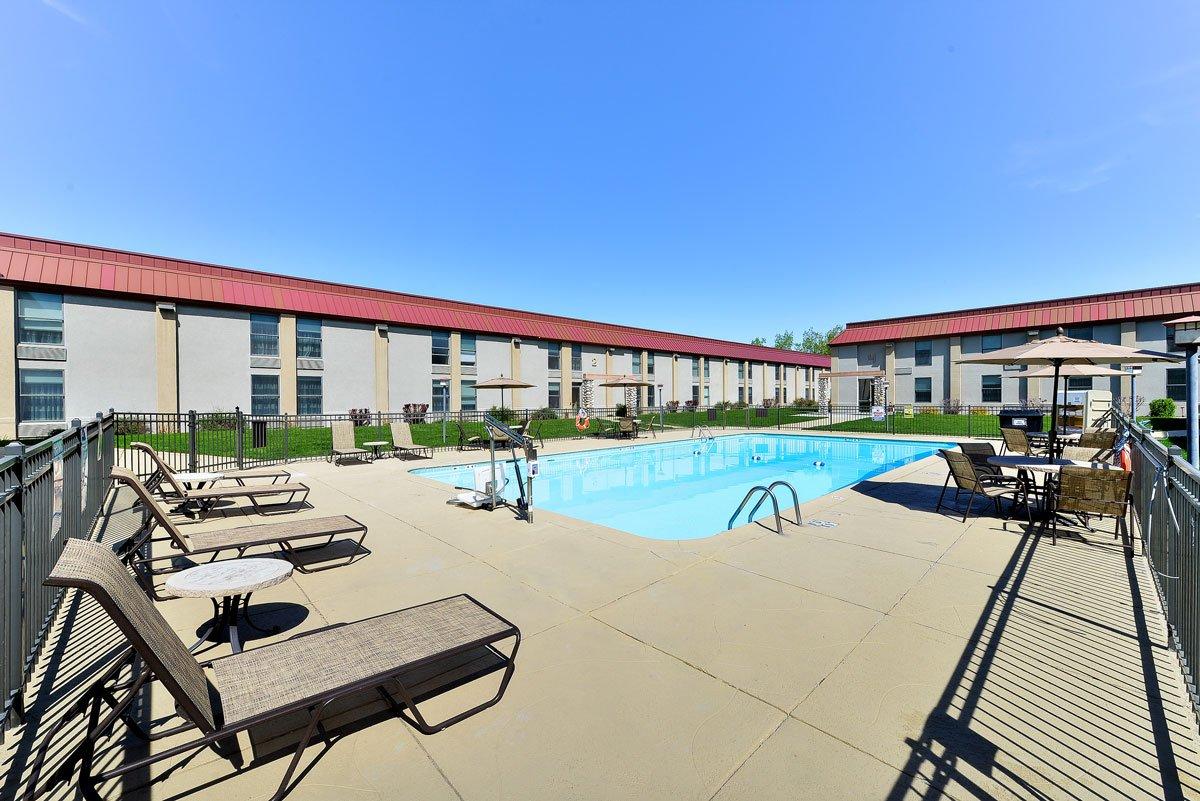 Holiday Inn Cody - Piscine extérieure