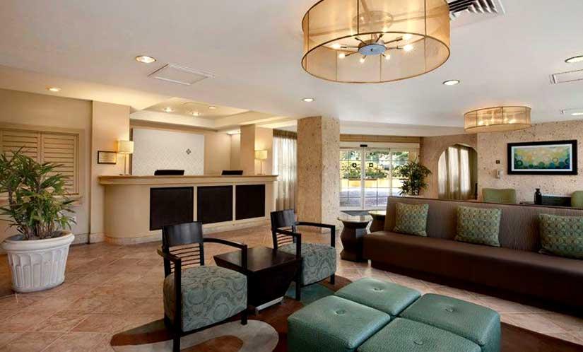 Wyndham Inn - Lobby