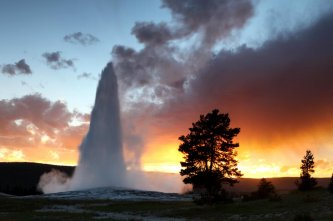 Old Faithful Geyser, Yellowstone National Park